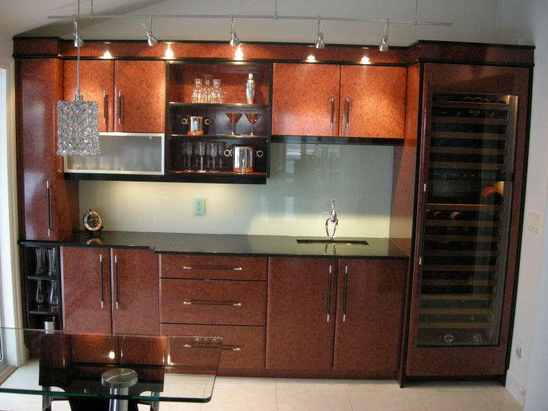 custom cabinets in home bar